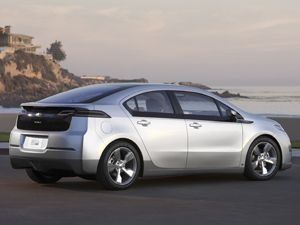With The Volt Chevrolet Is Intent On Squelching Those Fears When Car S 16 Kilowatt Hour Battery