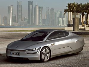 Volkswagen XL1 Test Drive - MPGs in the One Liter Car