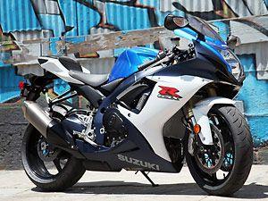 2011 Suzuki GSX-R750 Superbike Test Ride - Suzuki GSX-R750
