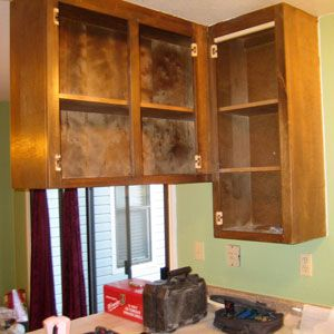 how do you hang kitchen cabinets the screws you need to hang kitchen cabinets 8440