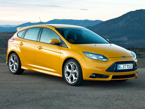 Ford Focus ST Will Crank the Noise When You Go Fast