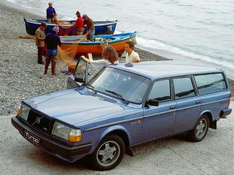 Volvo 240 (1975–1993)