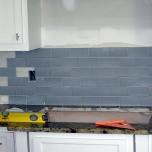 Your Quick and Dirty Guide to Tiling a Kitchen Backsplash