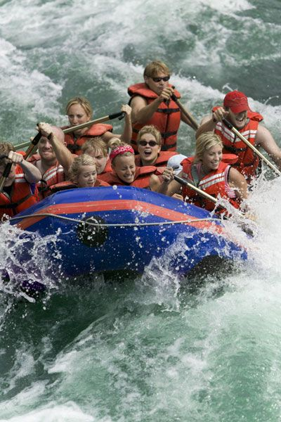 5 Great American White-Water Rafting Destinations