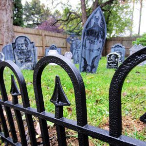 How to Turn Your Yard Into a Spooky Halloween Cemetery
