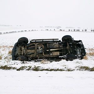 Automotive design, Winter, Snow, Machine, Freezing, Synthetic rubber, Chassis, Precipitation, Cylinder,