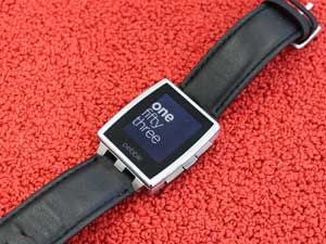 Pebble Steel Review: A Smartwatch You Can Also Wear as Jewelry