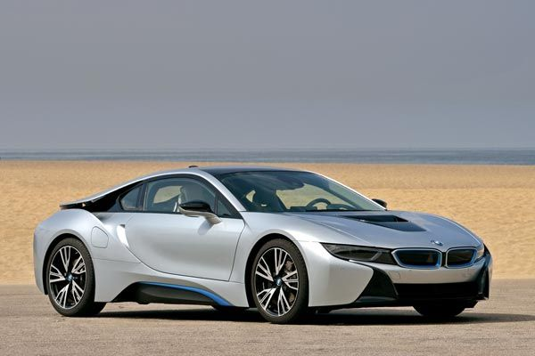 BMW i8: We Drive the 3-Cylinder Eco Supercar