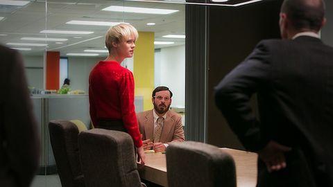Beard, Blazer, Conversation, White-collar worker, Facial hair, Job, Business, Management, Businessperson,