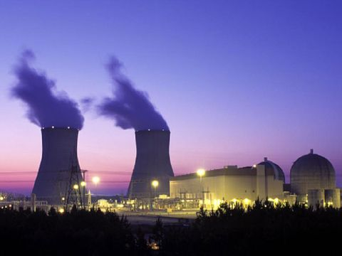 Nuclear power plant, Cooling tower, Power station, Technology, Atmosphere, Electronic device, Electricity, Industry, Landmark, Dome,