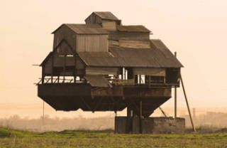 15 Gravity-Defying Homes From Around the World