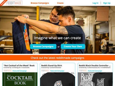 Sleeve, Logo, Font, Advertising, Brand, Website, Active shirt, Sweater, Screenshot, Photo caption,