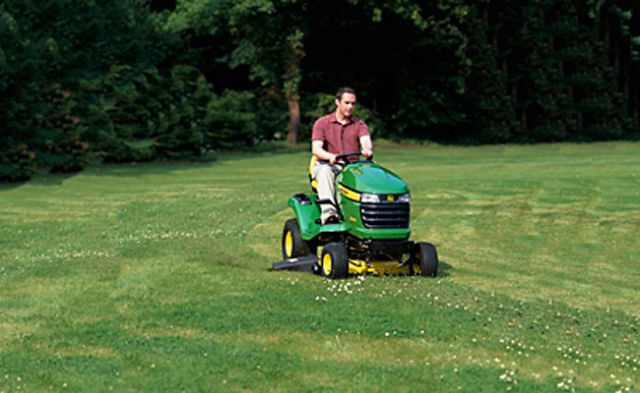 How To Mow A Lawn Tips Lawnmower Patterns And Designs