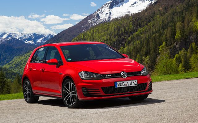2014 Volkswagen Golf GTD Test Drive