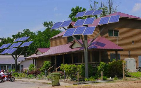 A solar tree grows in your neighborhood with the price of photovoltaic panels dropping be on the lookout for creative new ways for homeowners to use solar power sciox Image collections