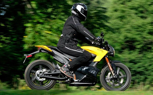 Electric Motorcycle Test Drive: 2013 Zero S ZF11.4