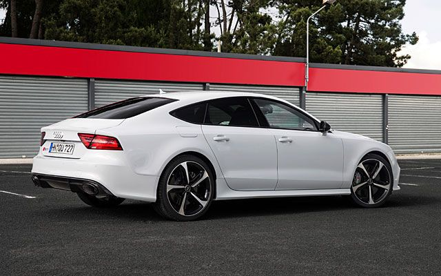 Power-Mad But Practical: 2014 Audi RS7 Test Drive