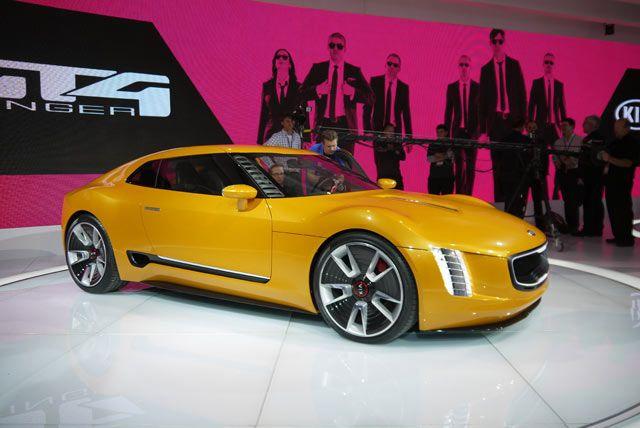 Detroit 2014: Kia GT4 Stinger Concept