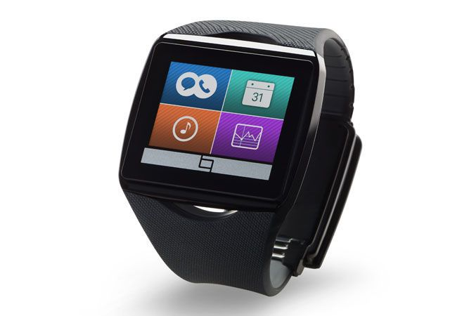 Samsung and Qualcomm Announce Dueling Smartwatches