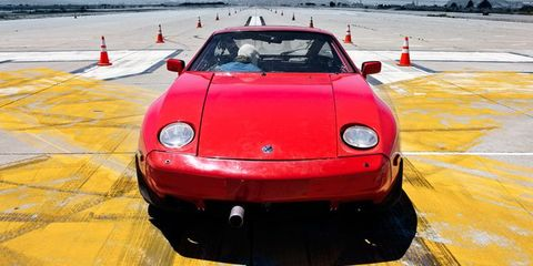 Garden-variety Porsche 928? Hardly. The pipe in the front bumper is not an air intake for the engine—it's the exhaust.