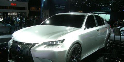 Automotive design, Vehicle, Land vehicle, Event, Automotive lighting, Car, Personal luxury car, Grille, Headlamp, Fender,