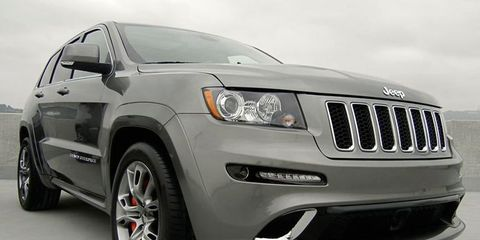 Tire, Wheel, Automotive tire, Automotive design, Product, Automotive exterior, Vehicle, Automotive lighting, Land vehicle, Headlamp,
