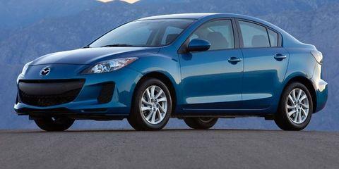 Tire, Wheel, Motor vehicle, Automotive mirror, Blue, Automotive design, Mode of transport, Mountainous landforms, Mountain range, Vehicle,
