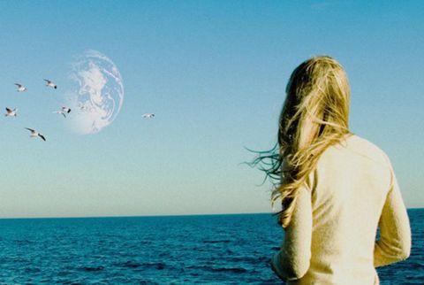 Sky, Atmosphere, Ocean, Summer, People in nature, Fluid, Horizon, Sea, Beauty, Travel,