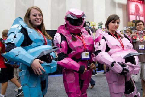 Pink, Costume, Fictional character, Cosplay, Magenta, Glove, Costume design, Fan convention, Suit actor, Boot,