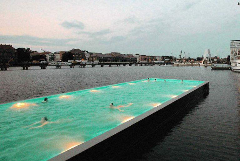 The World\'s 18 Strangest Pools