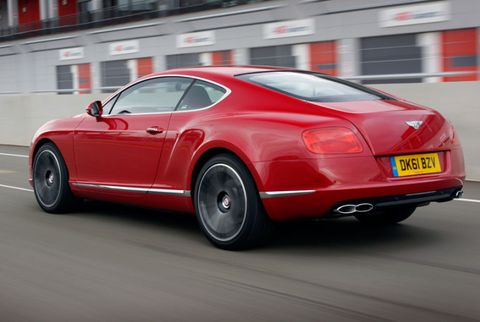 Automotive design, Vehicle, Vehicle registration plate, Car, Transport, Red, Fender, Automotive lighting, Bentley, Carmine,