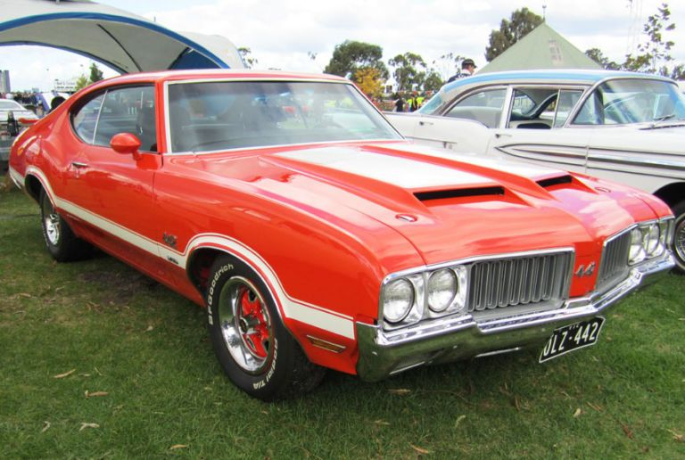 10 Best American Muscle Cars of All Time - Greatest Muscle Cars in