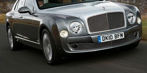Vehicle, Grille, Car, Vehicle registration plate, Bentley, Hood, Rim, Bentley mulsanne, Fender, Headlamp,