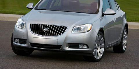 Mode of transport, Vehicle, Automotive lighting, Infrastructure, Transport, Grille, Car, Automotive mirror, Technology, Headlamp,