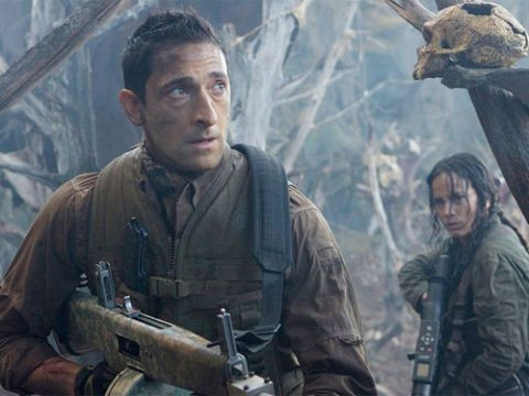 In an alien game preserve, Royce (Adrien Brody) and Isabelle (Alice Braga) discover they're the game.