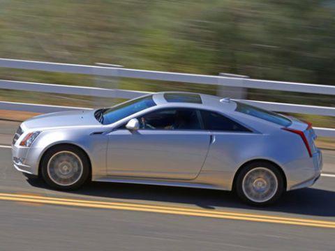 Tire, Wheel, Automotive design, Vehicle, Land vehicle, Rim, Car, Alloy wheel, Fender, Automotive tire,