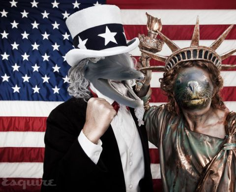 Hat, Flag, Flag of the united states, Costume accessory, Headgear, Costume hat, Sculpture, Bronze sculpture, Costume, Crown,
