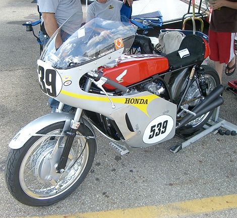 10 Cool Vintage Bikes From the 2009 AMA Bike Show