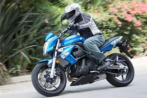 2009 Kawasaki Er 6n Test Ride Sporty Standard Bike Under 7000