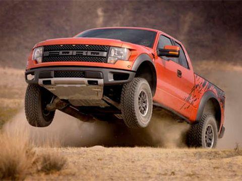 Tire, Wheel, Automotive tire, Automotive design, Vehicle, Natural environment, Sand, Land vehicle, Hood, Car,