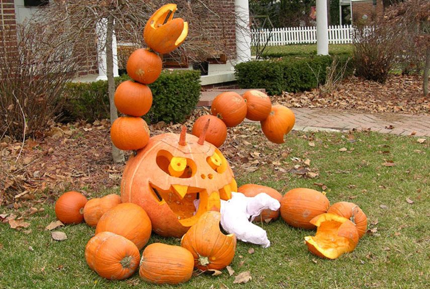 15 Pumpkin Carving Pictures Extreme Jack O Lantern Pictures