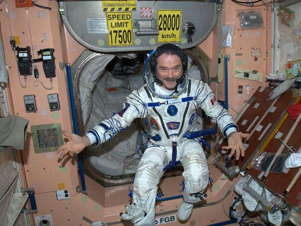 How did chris hadfield become an astronaut