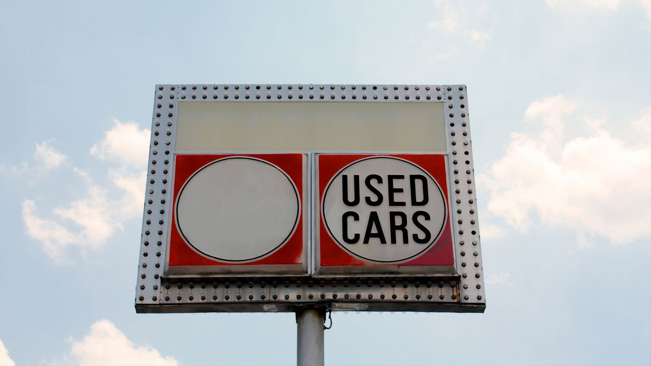 10 Things You Must Know Before You Buy a Car