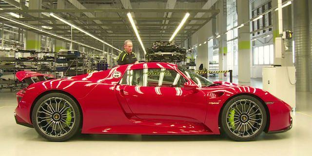 Watch the Porsche Assembly Line Build a 918 Spyder