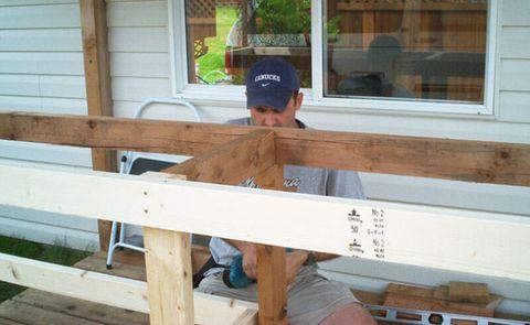 Best Tiki Bar Plans – How to Build a Tiki Bar in the Backyard