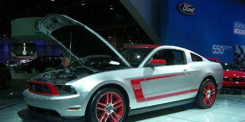 Tire, Wheel, Automotive design, Automotive tire, Vehicle, Land vehicle, Automotive wheel system, Automotive lighting, Alloy wheel, Car,