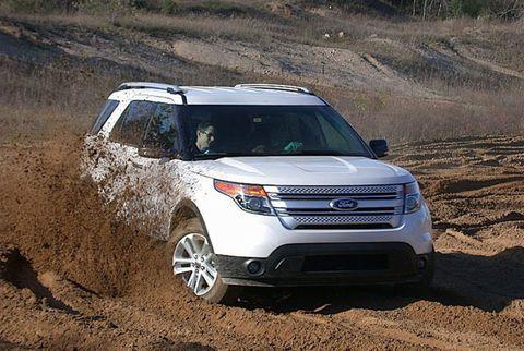 Tire, Vehicle, Land vehicle, Automotive design, Car, Grille, Landscape, Technology, Headlamp, Automotive lighting,