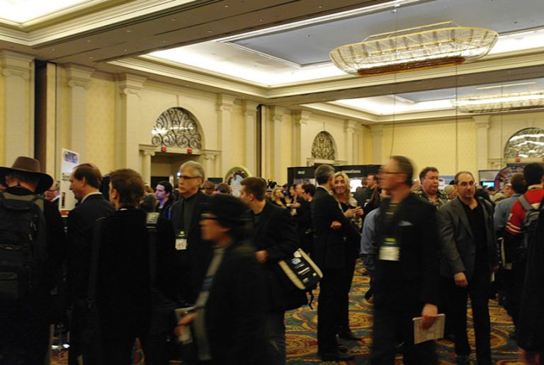 Live Pictures from CES 2011 - Pics from 2011 Consumer Electronics Show