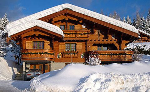 Winter, Snow, House, Roof, Freezing, Home, Log cabin, Cottage, Conifer, Precipitation,