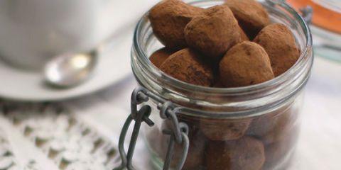 How to make chilli chocolate truffles
